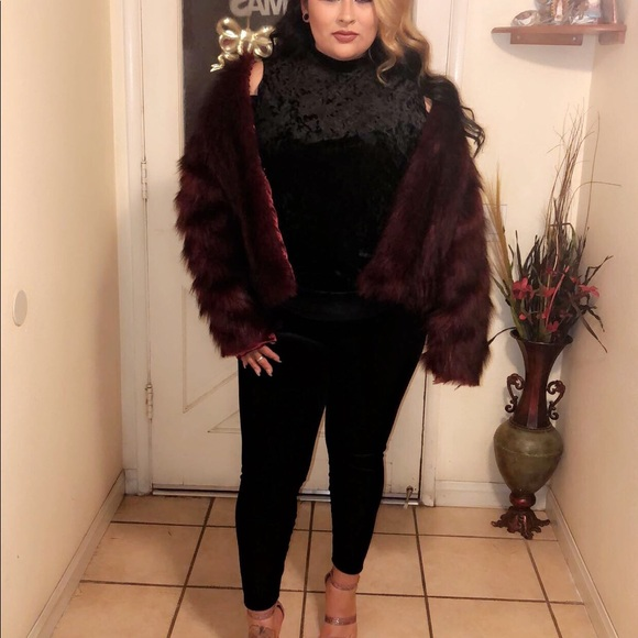 Forever 21 Jackets & Blazers - Forever 21 Burgundy Faux Fur Coat Plus Size